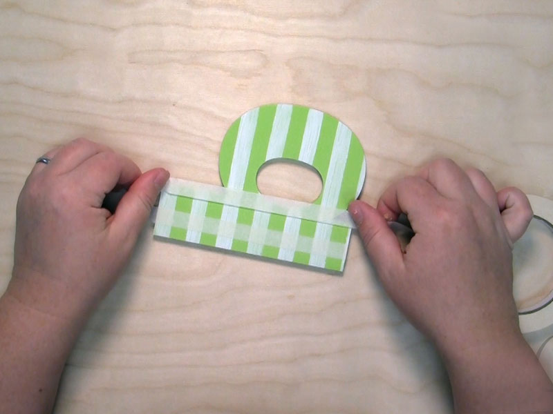 how to paint gingham plaid on wood letters 2nd_round_of_tape craftcutscom