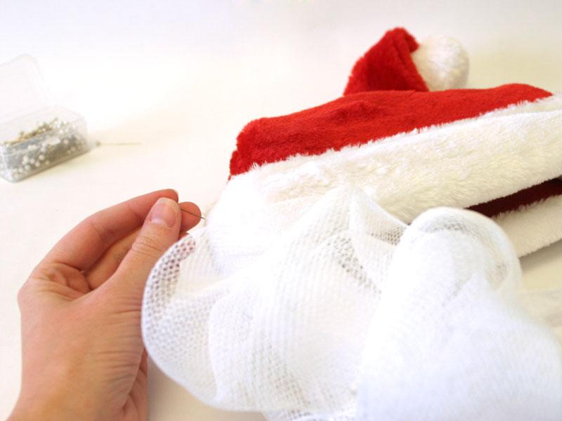 How to Create a Santa Wreath | DIY