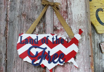 Land of the Free Patriotic Wreath | CraftCuts.com