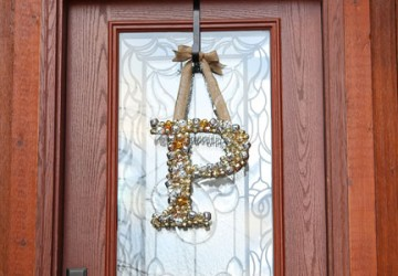 How to Create a Jingle Bell Monogram Wreath | CraftCuts.com