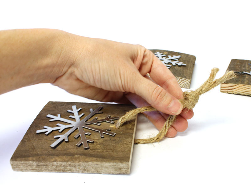 create rustic wooden christmas tree ornaments tie a knot craftcutscom