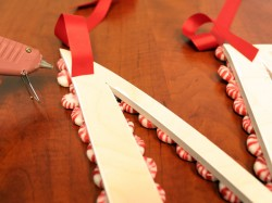 How to Create a Peppermint Candy Monogram Wreath | ribbon-2 | CraftCuts.com