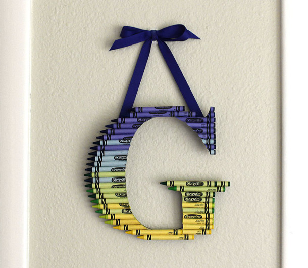 how to make an ombre crayon letter diy