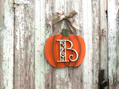 DIY Personalized Pumpkin Monogram Wreath | DIY Personalized Pumpkin Monogram Wreath | CraftCuts.com | CraftCuts.com