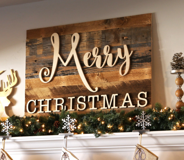 Reclaimed Wood Merry Christmas Sign